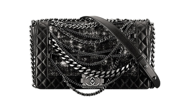 Chanel Padded leather and tweed Boy bag with chains, €3190.