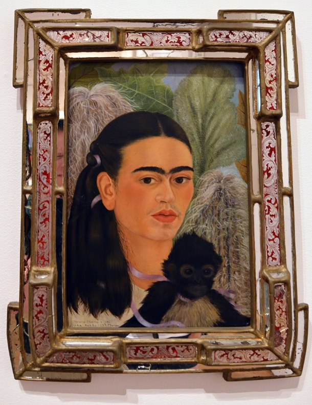 lady with a monkey - frida kahlo